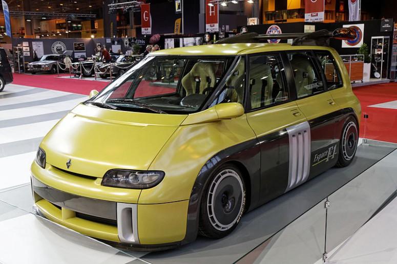 Renault Espace F1: нескучный минивэн в 800 «лошадей» [4 видео]