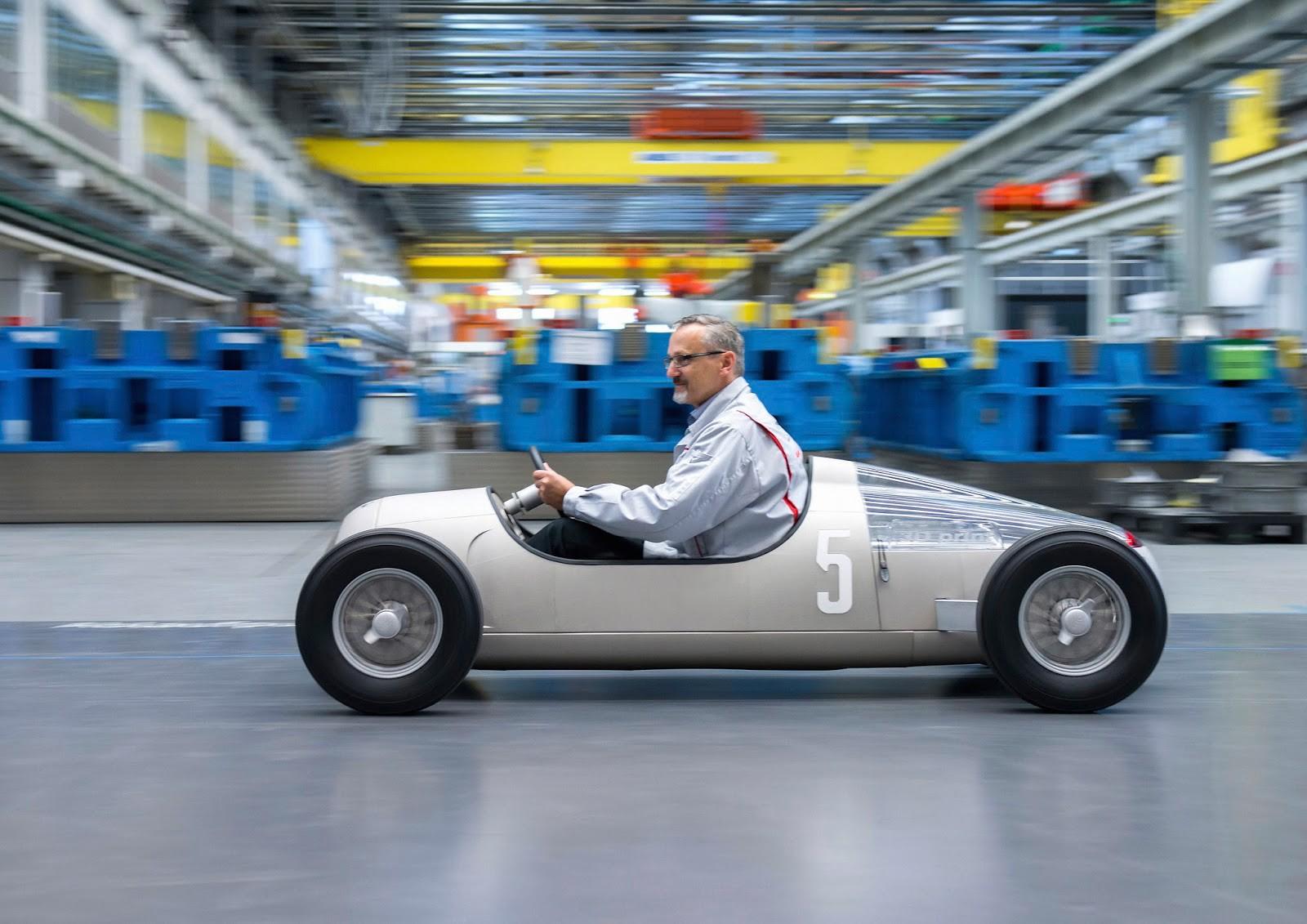 Audi создала макет знаменитого гонщика с помощью 3D-печати
