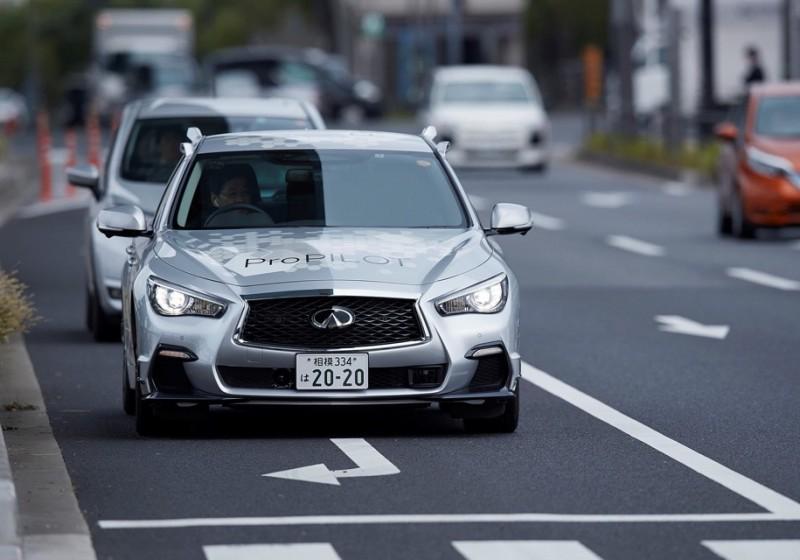 Nissan готов к «беспилотному» будущему (видео)