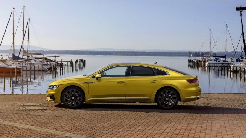 Aston Martin перетащил дизайнера Volkswagen Arteon