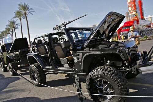 Jeep порадует фанатов игры Call of Duty Call-of-duty-wrangler-sema-2011-10jpg_small