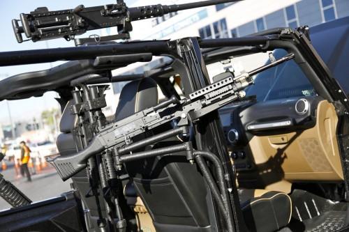 Jeep порадует фанатов игры Call of Duty Call-of-duty-wrangler-sema-2011-13jpg_small