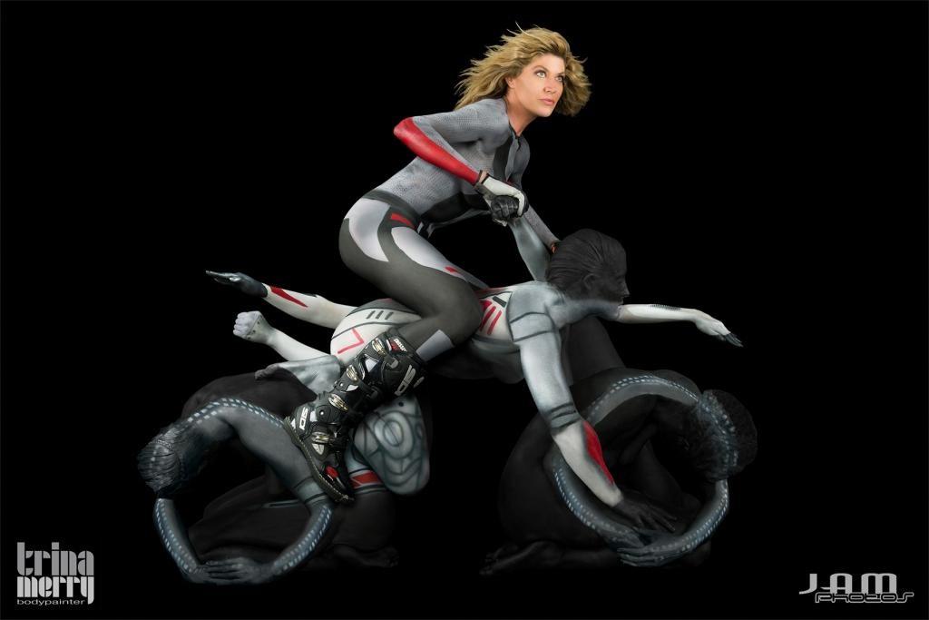 Сексуальные позы на мотоцикле