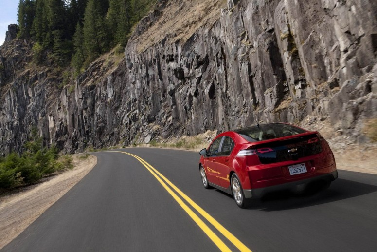 GM стремится снизить себестоимость Chevrolet Volt на 7-10 тысяч