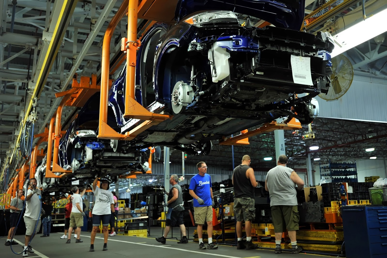 Блог им. amatar: Крепкий доллар снизил прибыль Ford Motors (F)