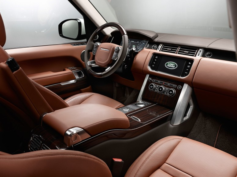 Range Rover LWB вырос на 201 мм и стал роскошнее [фото]