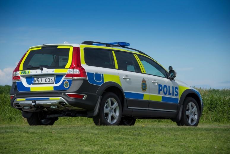 Volvo вооружает полицейских патрульным XC70 D5 AWD