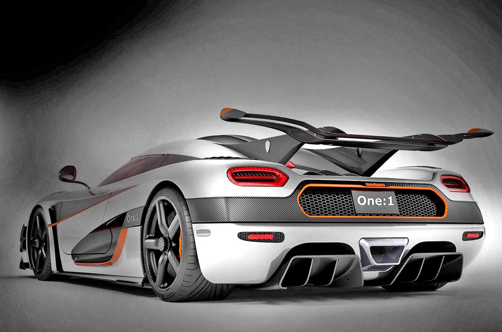 1340-сильный Koenigsegg One:1 собирается обогнать Bugatti