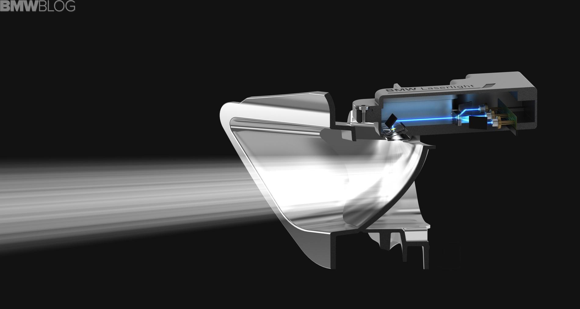 BMW i8 станет первым серийным автомобилем с лазерными фарами