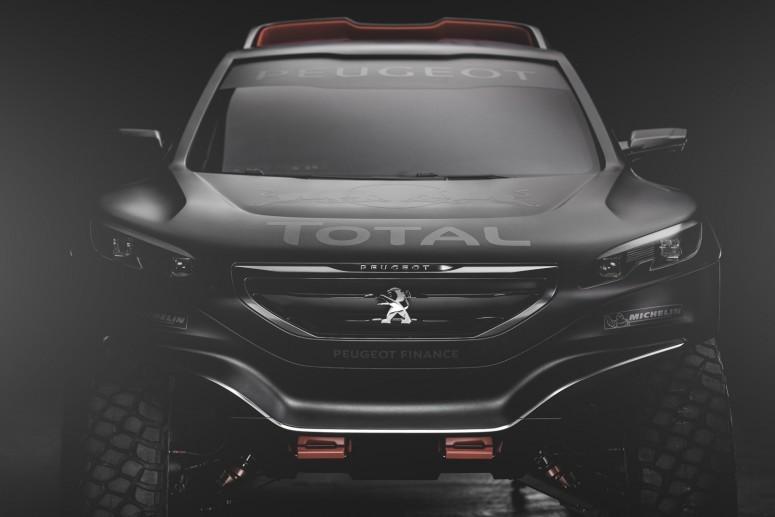 """Peugeot 2008 DKR: новая \""""пантера\"""" для Дакара [видео]"""