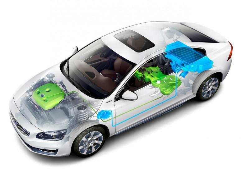 Volvo готовит спортивный плагин-гибрид: расход 2 литра [фото]