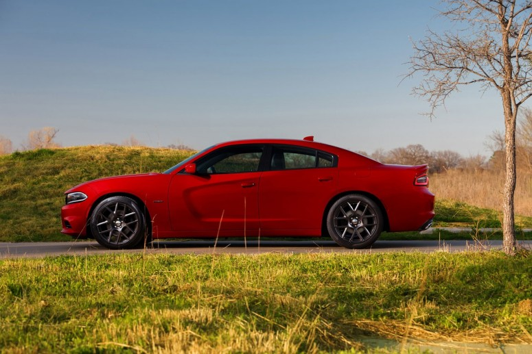 Dodge Charger 2015 стал куда более «злым» [фото]