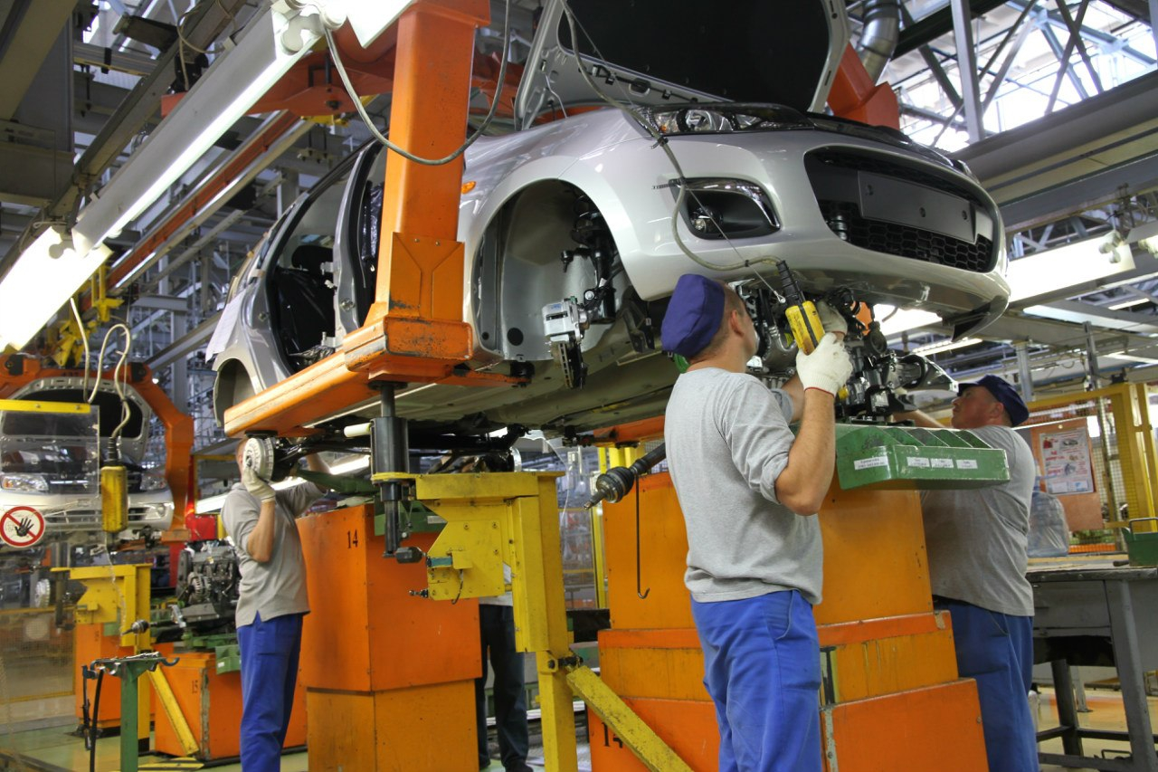 АвтоВАЗ инвестирует в новые модели 100 млрд рублей рекомендации