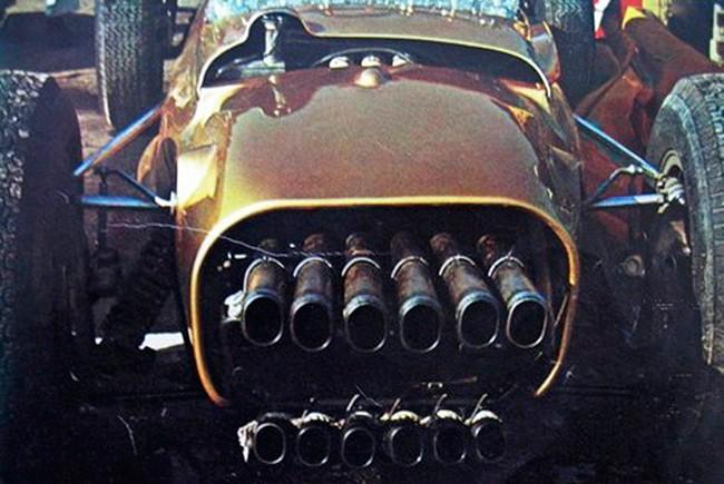 Семь машин с самыми крутыми выхлопными трубами